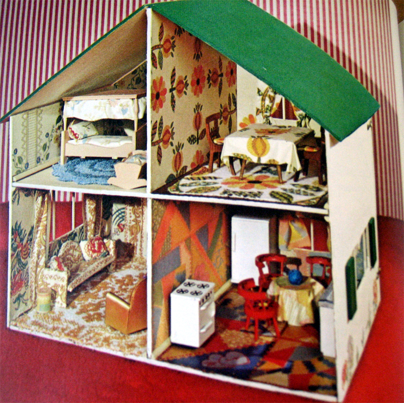 70sbooks-dollhouse